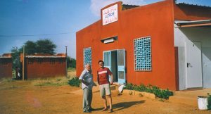 Volkshaus-in-Burkina-Faso